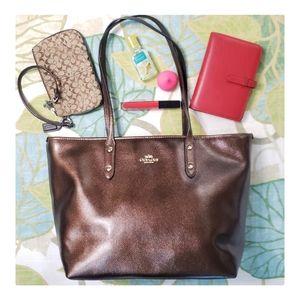 Coach Market Zip City Tote Bag Metallic Bronze
